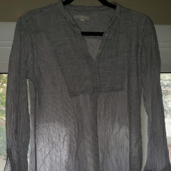 GAP Tops - Maternity tunic shirt